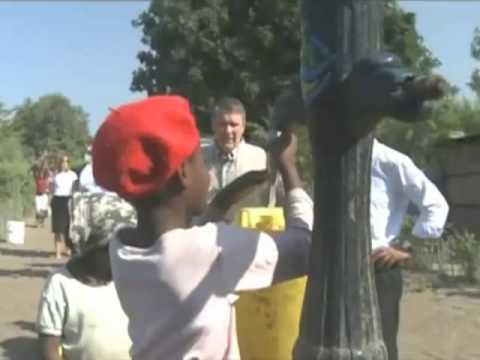 Frist visits Millennium Challenge Corporation work in Mozambique
