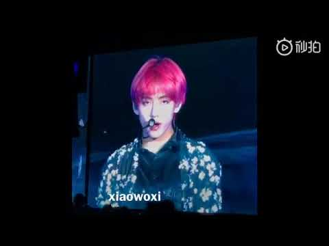 BTS Taehyung-Singularity (Live In Love Yourself Tour Taiwan)