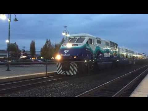 Sounder 1503 arriving and departing Puyallup Oct 2015