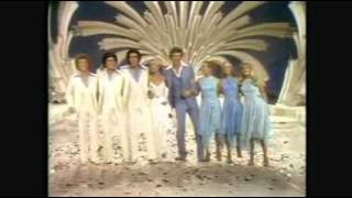 THE BRADY BUNCH - United We Stand (Brotherhood of Man cover song)