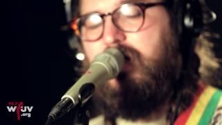 "Matthew E White - ""Circle 'Round The Sun"" (Live at WFUV)"