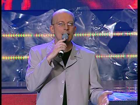 Arūnas Valinskas pristato Žilvino Žvagulio pasirodymą