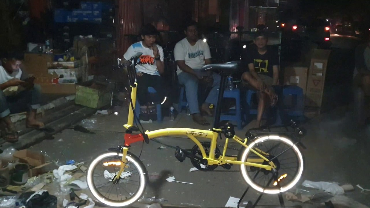 Pikes 8 Speed Banana Squash Youtube