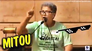 Mãe de aluna detona esquerdistas ao defender a filha contra a doutrinação nas escolas