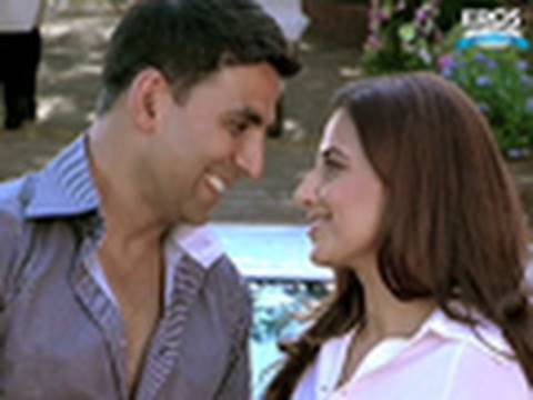 Akshay Kumar Caught Red Handed With Another Woman   Heyy Babyy