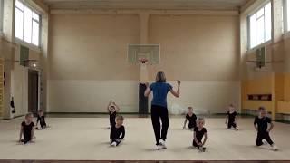 разминка в художественной гимнастике  часть 1