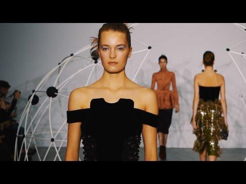 Holly Fulton AW16 at London Fashion Week
