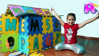 Anna Playing with Toy Blocks & More funny stories