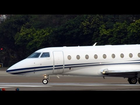 Private plane Gulfstream Aerospace G280 N280GD Take off at TSA