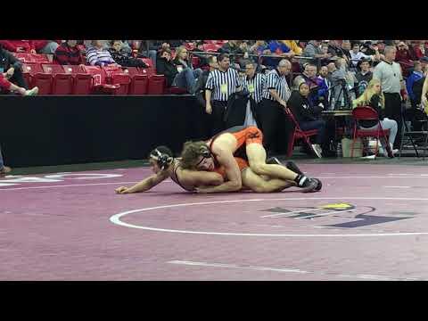WIAA state wrestling: Kaukauna's Alsteen battles Marshfield's Schwanebeck-Ostermann for third place