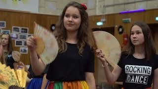 """Танец """"Stromae - Carmen"""" - вожатые и дети"""