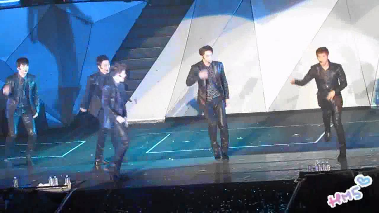 """Download [happymate5] 2011/10/08 2PM """"HANDS UP"""" Asia Tour in Taipei - Again&again"""