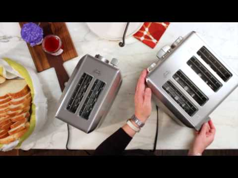 Cuisinart 4-Slice and 2-Slice Toaster Demo (CPT-620/640)