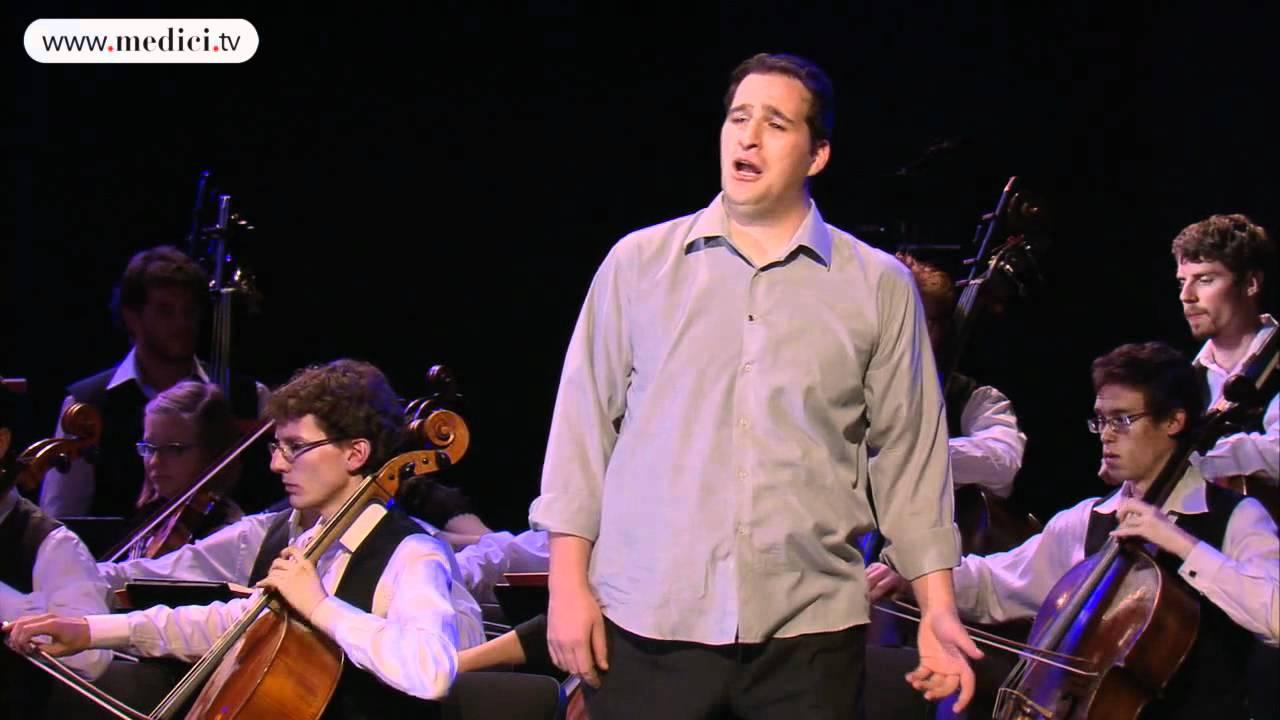 Riccardo Massi Riccardo Massi in Puccini39s Tosca quotE lucevan le stelle