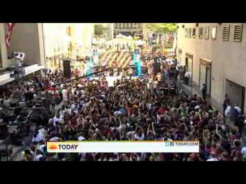 Maroon 5 : Wake Up Call - The Today Show  08/05/2011