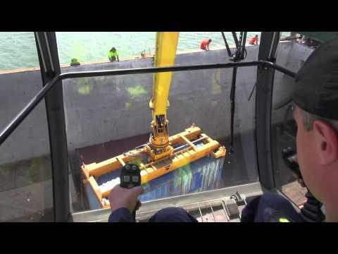 MANTSINEN - 200R Material Handler, Container Handling