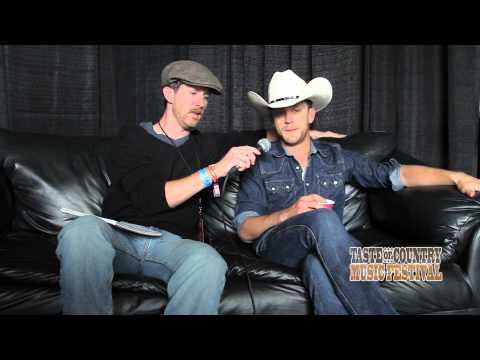 Justin Moore Shares His 'Dad Laws' at the Taste of Country Music Festival - Interview