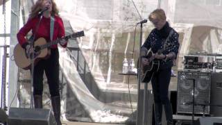 """Allison Moorer & Shelby Lynne - """"A Soft Place To Fall"""" 10/3/10"""