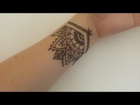 Mehndi Tattoos For Wrist : Henna with me easy wrist mehendi youtube
