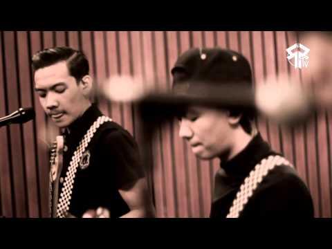 SIDESWIPE - Rumah Kita ( God Bless Cover ) Official Music Video