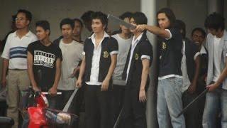 Repeat youtube video เด็กเดน หนังไทยยกพวกตีกัน (เต็มเรื่อง)