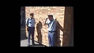 Repeat youtube video هنا الشرطة الجزائرية