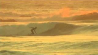 Awsome Surfing: Golden Chile