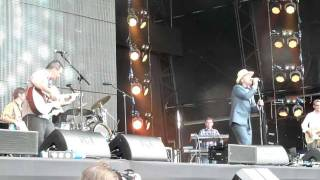 China Crisis - King In A Catholic Style (Wake Up) (Rewind Festival 2011)