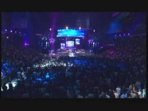 Wisin y Yandel - Una noche mas (live in choliseo)