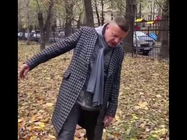 Леонид Парфёнов читает произведение «Не видно птиц. Покорно чахнет...» (Бунин Иван Алексеевич)