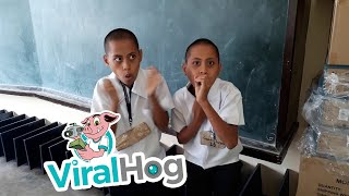Beat Boxing Twins || ViralHog