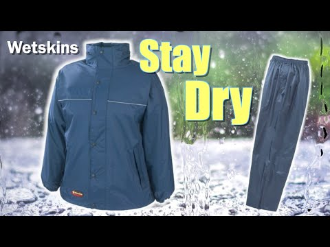 Stay Dry With This Rain Jacket By Wetskins | Hydra Rainsuit | Canadian Tire
