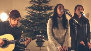 it s beginning to look a lot like christmas hark the herald medley feat erika hosoi