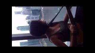 Laiyan Laiyan Main Tere Naal : on the 43'd floor