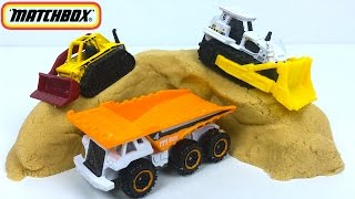 MATTEL MATCHBOX CONSTRUCTION ZONE 5 PACK BULLDOZER DUMP TRUCK GRADER FORK LIFT WITH CRANE - UNBOXING