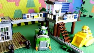 Щенячий Патруль. Рокки и Крепыш строят полицейский участок Лего