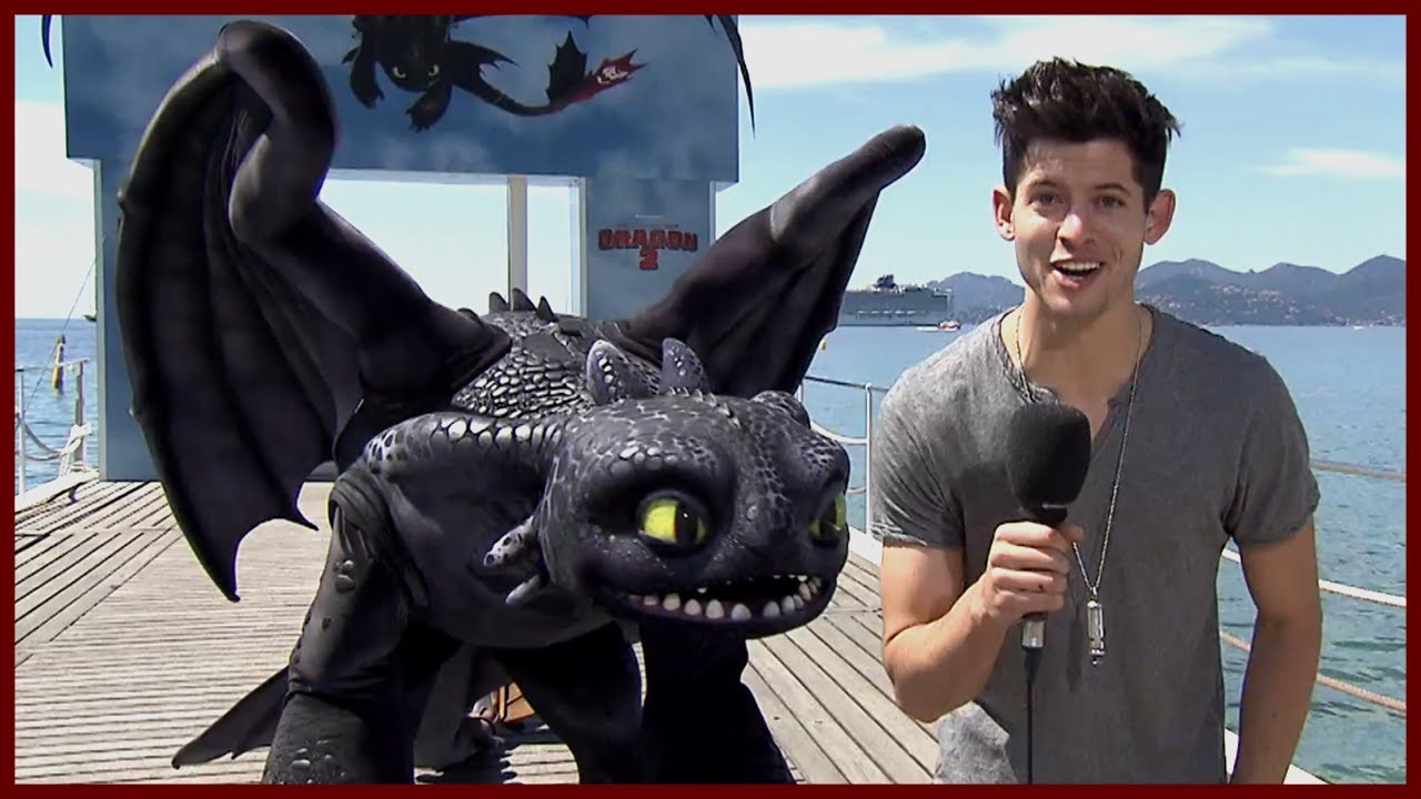 JAY BARUCHEL IS GOOD WITH THE LADIES – How to Train Your Dragon 2 w/ America Ferrera
