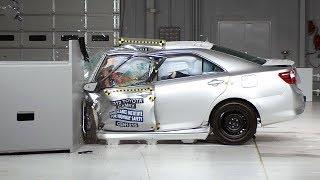 2012 Toyota Camry small overlap IIHS crash test