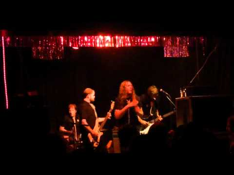 Hara-kee-rees at Cortina Bob Berlin 2011 - 4 -