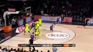 19.04.2019 / Anadolu Efes - Barcelona Lassa / Krunoslav Simon