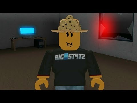 LOL! SPONGE BOB JOINS MY GAME! (Roblox Flee Facility)