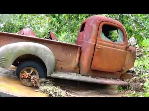 2016 Dodge Trucks >> 1941 to 1947 Dodge Truck Rescue 1946, 1942 - YouTube
