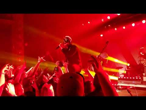 Hollywood Undead Undead live