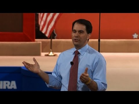 Republican Presidential Contender Scott Walker Compares ISIS Fighters to Wisconsin Protesters