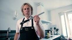 Kari Aihinen opastaa, miten keittiöveitsi teroitetaan oikeaoppisesti