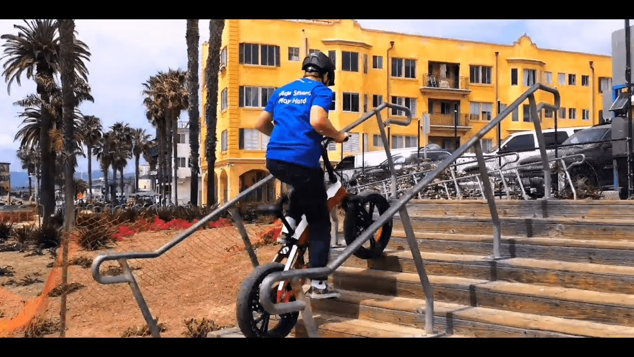 An E-Bike Can Go Upstairs?! How Powerful the SDREAM E-Bike Is - YouTube