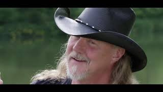 Trace Adkins - Mind On Fishin (Official Video) YouTube Videos