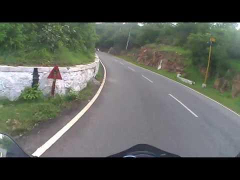 Ride to Chamundi hills, Mysuru | Up hill | Cop want to be my pillion!!