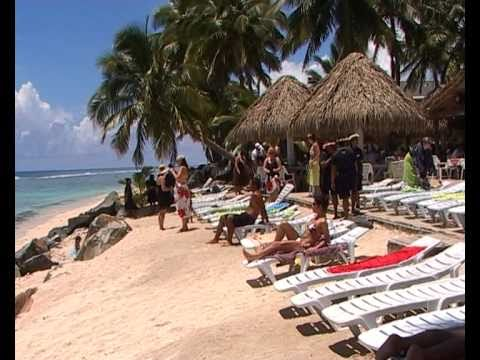 FLASH MOB EDGEWATER RESORT & SPA COOK ISLANDS