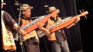 Sape Masters performing Bakon Po at the 2011 Rainforest World Music Festival